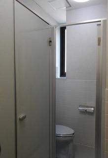 こころ神戸トイレ男子旧4.JPG