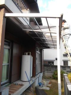 小田様邸外壁波板1.JPG