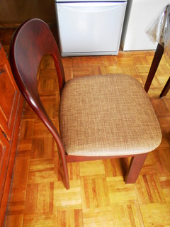 池上様椅子新2.JPG