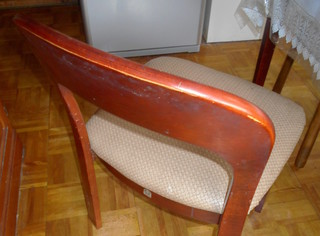 池上様椅子旧2.JPG