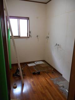 浅見邸浴室途中1.JPG