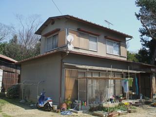 真鍋邸外壁1旧.JPG